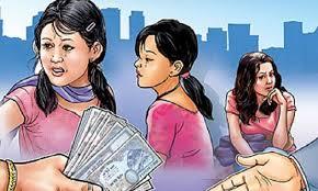 बालिका भारत लैजान खोज्ने दुई युवा पक्राउ