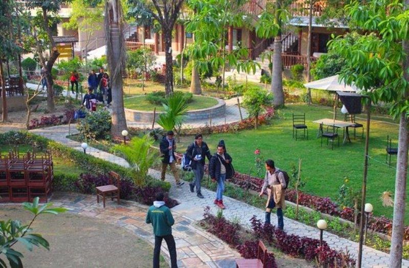नांया बर्ष २०१९ संगसंगै पर्यटकले भरिभराउ भए होटेलहरु