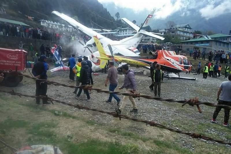 लुक्लामा हवाईजहाज र हेलिकोप्टर ठोक्किए, २ को मृत्यु