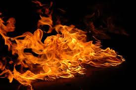 कपिलवस्तुको विजयनगरमा आगलागी हुँदा २५ घर–गोठ जले