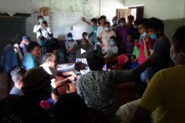 कञ्चनपुरमा उपभोक्ता समितिको मनपरी भएपछि स्थानीयद्वारा वडा कार्यालय घेराउ