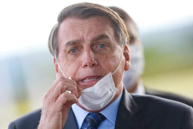 ब्राजिलको संसदमा चलेन राष्ट्रपतिको मास्क विरोध