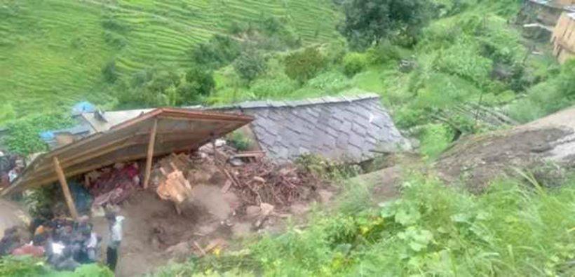 कालीकोटमा पहिरोले पुरिएका एकै घरका ६ जनाको मृत्यु