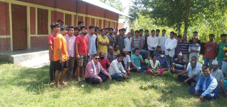 कैलालीमा दर्जनौँ युवाहरु कांग्रेसमा प्रवेश