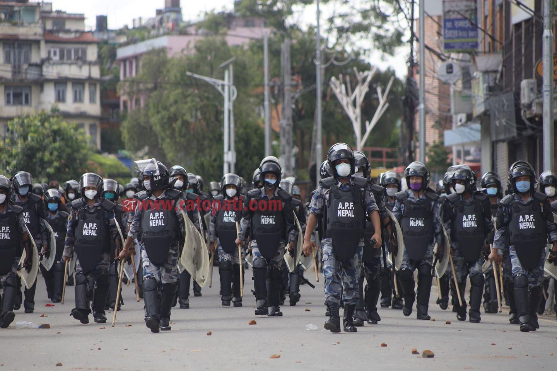 ललितपुरमा आज बिहान ४ बजेदेखि कर्फ्यू,  उल्लंघन भए गोली हान्ने आदेश