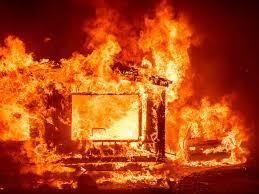सुर्खेतमा आगलागी, नौ घर जलेर नष्ट